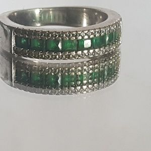 Emerald Crystal Silver Ring